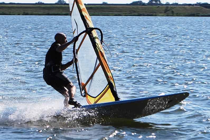 Surfen op de Ouderkerkplas