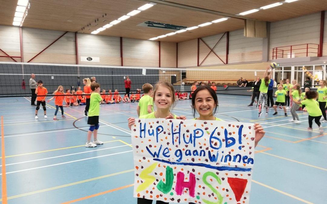 Veel positiviteit tijdens de volleybaltoernooien voor groep 4, 5 en 6 in de Bindelwijk