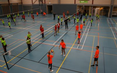 Jubileum voor schoolvolleybal Ouderkerk aan de Amstel